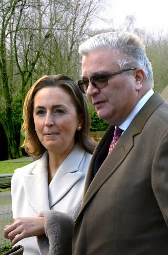 Wendy Van Wanten werd er betrapt, een groot schandaal bracht Laurent voor de rechter: Villa Clémentine geeft geheimen prijs