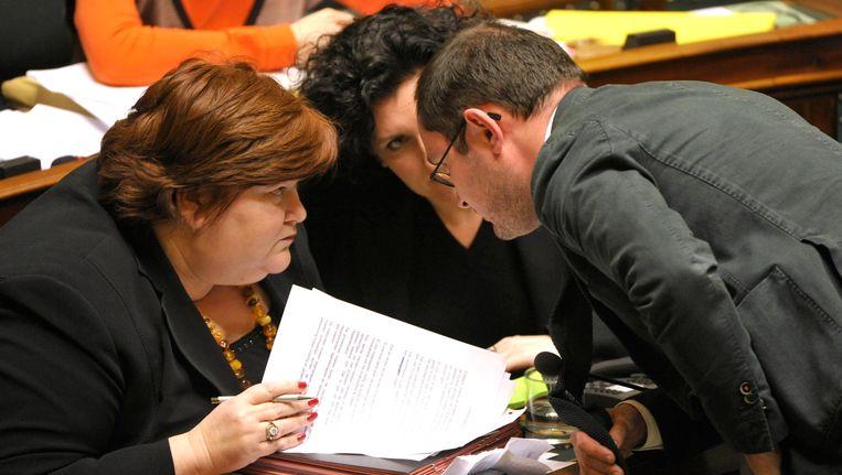 Maggie De Block met partijgenoten Annemie Turtelboom en Vincent Van Quickenborne. Beeld PHOTO_NEWS
