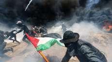 fotoreeks over Dodelijke dag in Gaza: leger opent vuur op demonstranten