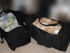 Zoon van bekende Amsterdamse crimineel met bijna 5 miljoen euro gepakt
