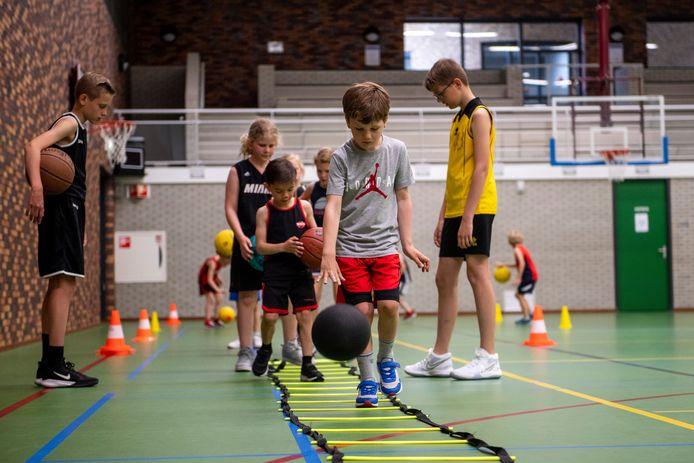Basketbalvereniging The Valley Bucketeers wil beginnen met peuterbasketbal en het opbouwen van een meidenafdeling.