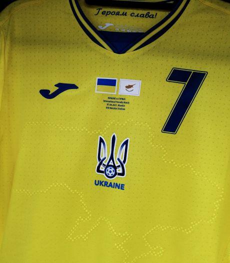 Oekraïne bindt in en verwijdert omstreden slogan van shirt