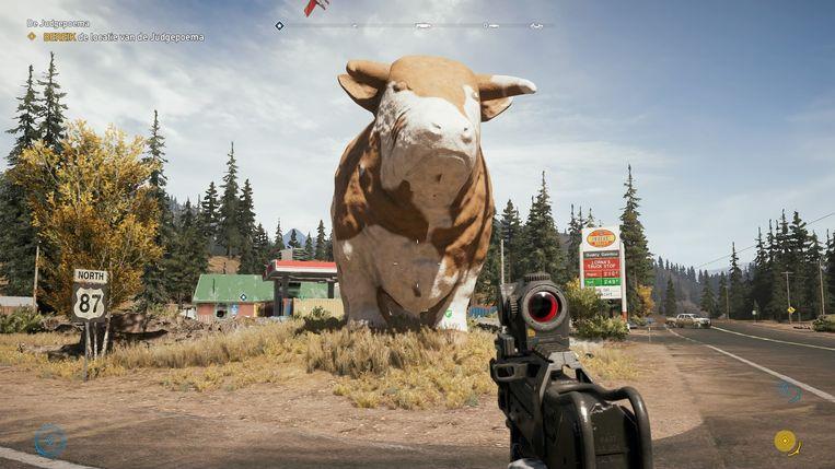 Opeens kom je een gigantisch beeld van een koe tegen.