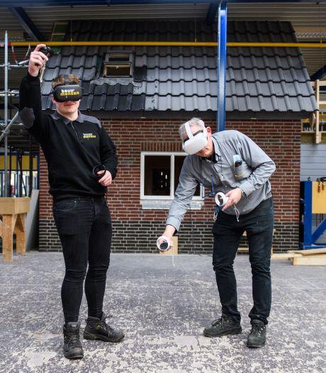 Twentse studenten krijgen een stoomcursus huizen bouwen met een vr-bril: 'Het gaat veel sneller'