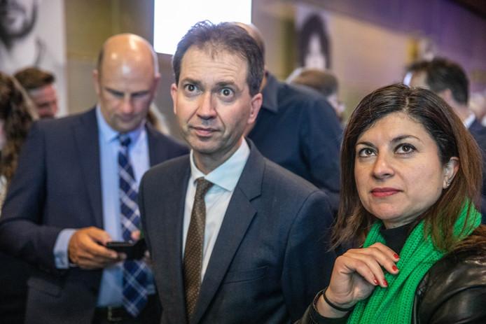 Lijsttrekker Eddy van Hijum van het CDA moest een flink verlies incasseren, maar zijn partij blijft toch de grootste partij in Overijssel. Met dank aan de plattelandsgemeenten.