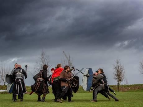 Geavanceerd riddertje spelen, of toch alternatief kamperen in Maurik?