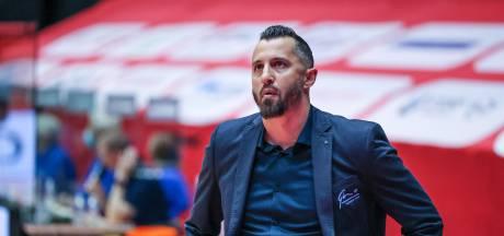 Topclub Donar haalt succesvolle basketbalcoach Otten weg bij Yoast United