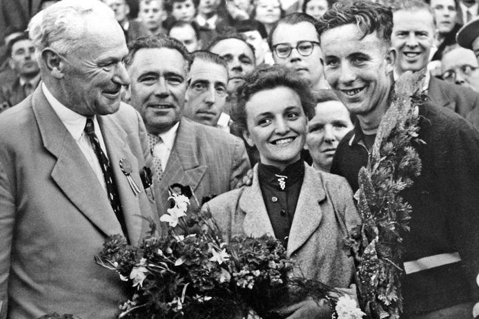 Winst in de Ronde van Brabant betekende in 1955 de grote doorbraak voor Leo van der Pluijm, die daarna tweemaal de Tour reed.