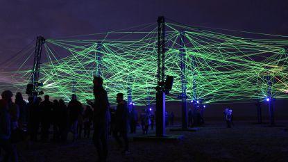 Lippens steekt lichtjes aan van eerste Lichtfestival