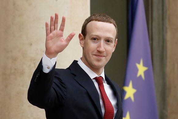 Niemand verdient het om miljardair te zijn. Dat heeft Facebook-topman Mark Zuckerberg gezegd, de op vier na rijkste persoon ter wereld.