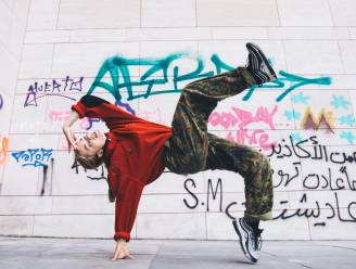 VIDEO: Brugse Maxime (19) schittert in Red Bull mini-docu over breakdance