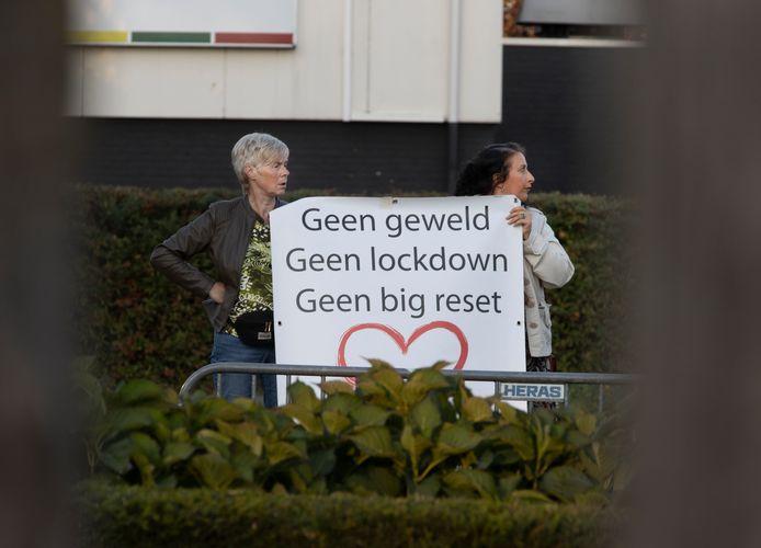 Protest tijdens de bevrijdingsherdenking in Helmond