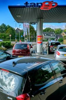 Stijgende benzineprijzen: hier kun je nog goedkoop tanken