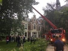 Veel rook door smeulende oplader, bewoners Refter geëvacueerd