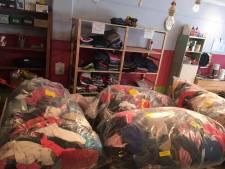 SGP stelt raadsvragen over einde kledingbank