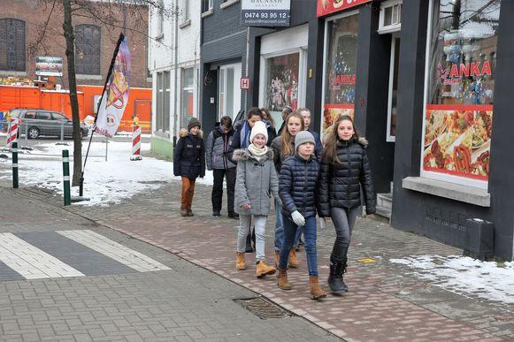 Om 11.45 uur konden de kinderen van het Onze-Lieve-Vrouwinstituut in Sint-Genesius-Rode opnieuw naar de campus.
