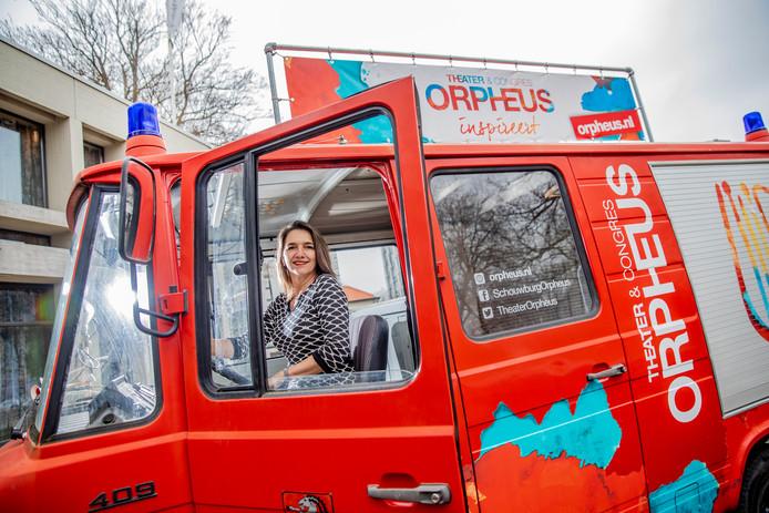 Foto ter illustratie. De theaterbus staat zaterdag op het Raadhuisplein in Apeldoorn.