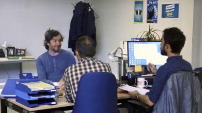 Paniek in 'Hoe Zal Ik Het Zeggen': Lieven Scheire op de rooster gelegd door 'Staatsveiligheid'