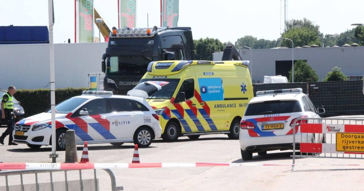 Vrachtwagenchauffeur die betrokken was bij dodelijk ongeval in Raalte trok volgens OM 'onbenullig hard' op.