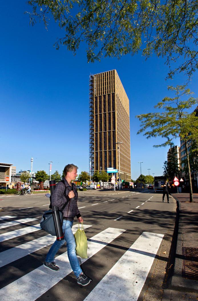 Het Student Hotel, een van de nieuwe hoge torens in het centrum van Eindhoven.
