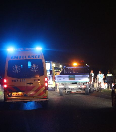 Zwaargewonde fietser (16) na aanrijding in berm achtergelaten: 'Een zwaar vergrijp'