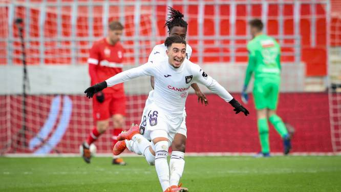 Swingend Anderlecht zet Antwerp weg met ruime cijfers en duikt de top-4 in