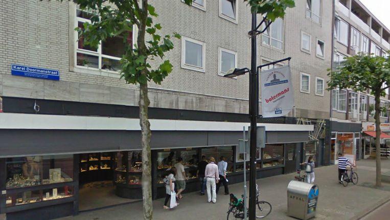 Juwerlierszaak Brunott op de hoek Oude Binnenweg Karel Doormanstraat in Rotterdam Beeld Google Streetview