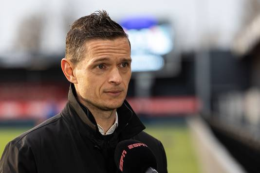 Rogier Meijer staat ESPN te woord eerder dit seizoen voor het duel bij Almere City.