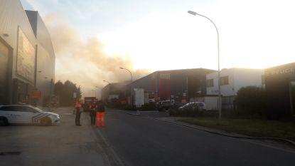 Aan alle bewoners in Wulmersum , Bost en Goetsenhoven : gelieve ramen en deuren gesloten te houden door brand