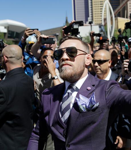 McGregor en Mayweather zijn aangekomen in Las Vegas