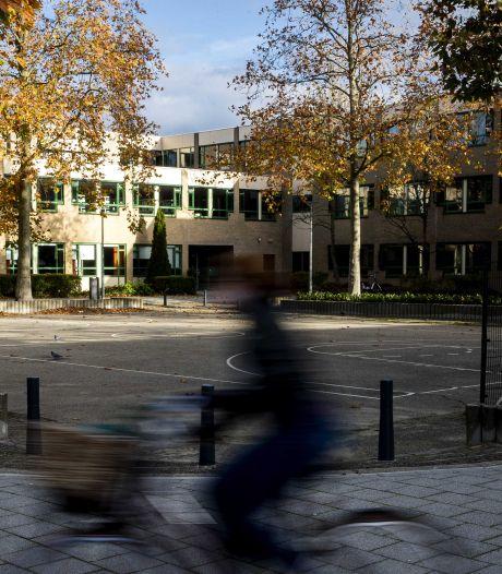 Cameraploeg PowNed belaagd door leerling Emmauscollege in Rotterdam