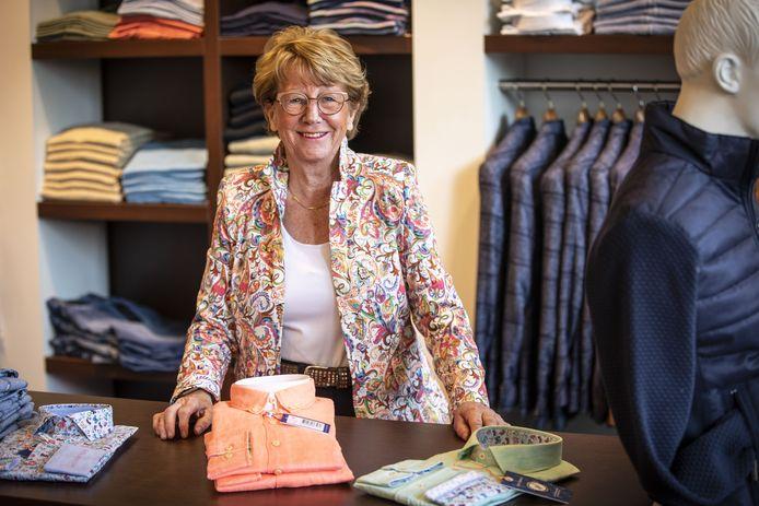 """Alice Pierik: """"De klanten komen hier graag, zijn erg blij dat het niet stopt."""""""