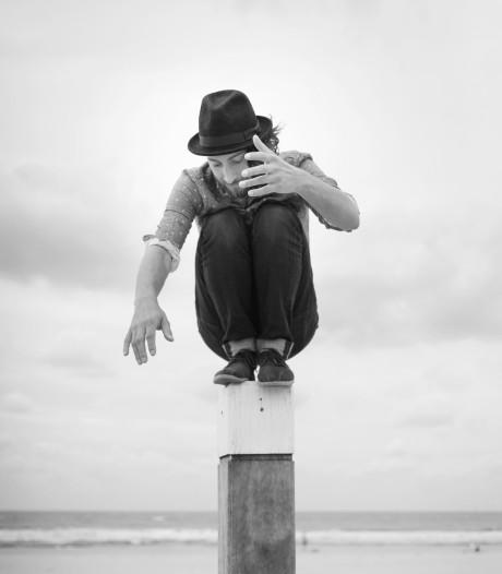 Haagse singer-songwriter Sean Christopher stapt uit schaduw
