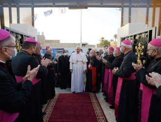 Paus Franciscus draagt voor het eerst mis op in Irak, 6 maart voortaan nationale feestdag