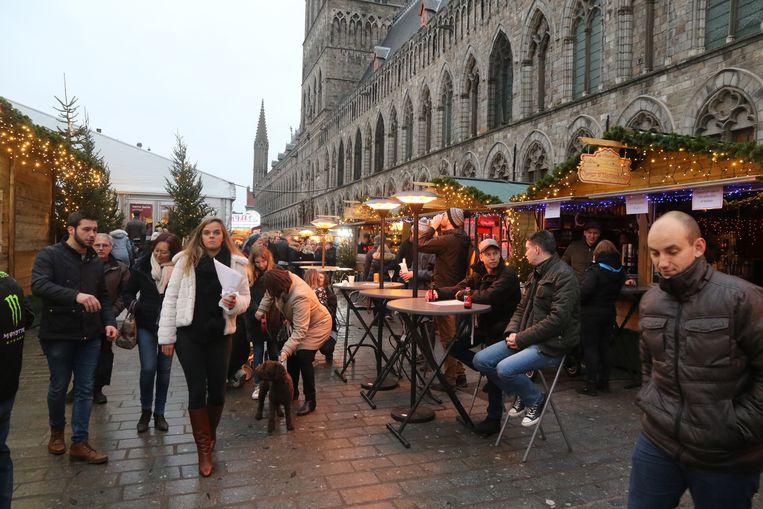 Peter De Groote van de vzw Centrummanagement Ieper is tevreden over 'Kerst in Ieper'.