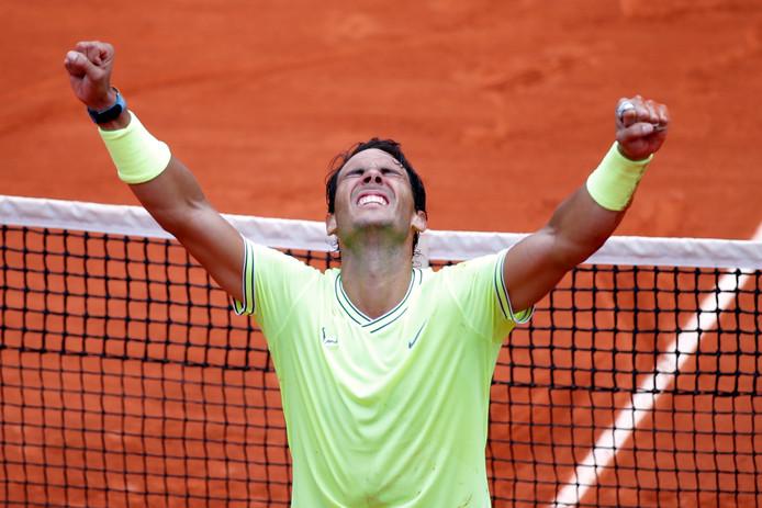 Nadal viert zijn titel.