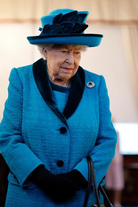 La reine Elizabeth II sur le point de céder son trône?
