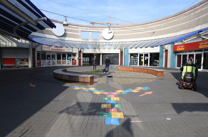 Het ABC-complex in Terneuzen, waar A en B (Albert Heijn en Blokker) al lang weggetrokken zijn. Alleen C&A zit er nog.