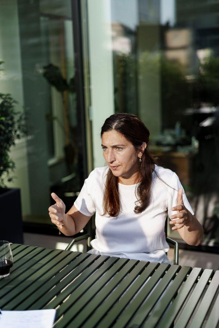 Zuhal Demir: 'Het beeld, opgehangen door de groenen, dat minister Demir totaal niet bezig is met het klimaat, het stoort me. Het stoort me écht, ik ben het beu.' Beeld © Eric de Mildt