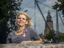 Zutphense Reinildis van Ditzhuyzen kreeg Oostenrijks 'lintje': 'Als 8-jarig meisje stond ik al aan de Donau met een Dirndl aan'