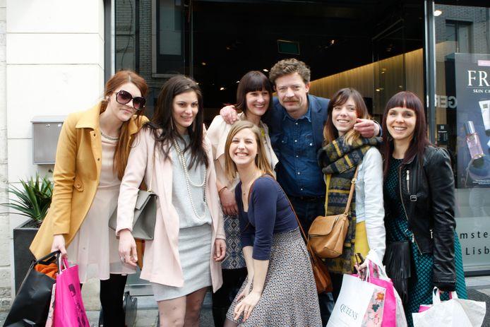 """Shoppen voor ladies en op de foto met een BV tijdens """"Ladies City Deluxe""""."""