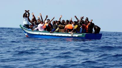 Minder migranten op Middellandse Zee door het slechte weer