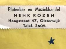 Gekartelde sticker roept de 'platenbar' van Henk Rozen uit Oisterwijk in herinnering: wie weet meer?