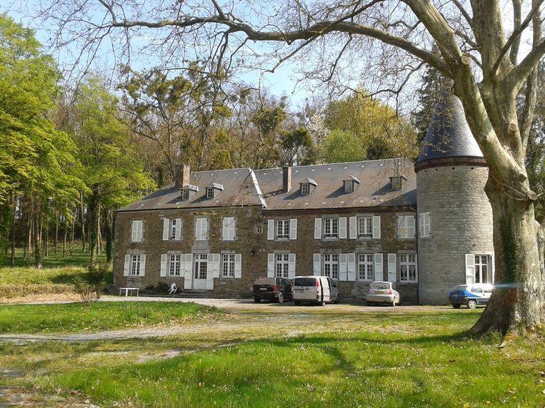 Het zeventiende-eeuwse Chateau d'Aviette ligt in het Franse departement Ardennes.