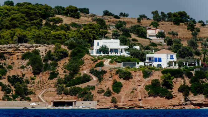 """Koning Willem-Alexander breekt vakantie Griekenland af na ophef: """"Reacties zijn heftig, die raken ons"""""""