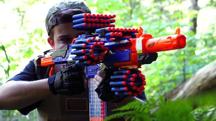Het merk Nerf brengt nepwapens in allerlei soorten en maten.