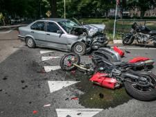 Ravage na botsing in Eerbeek: kruising vol met brokstukken