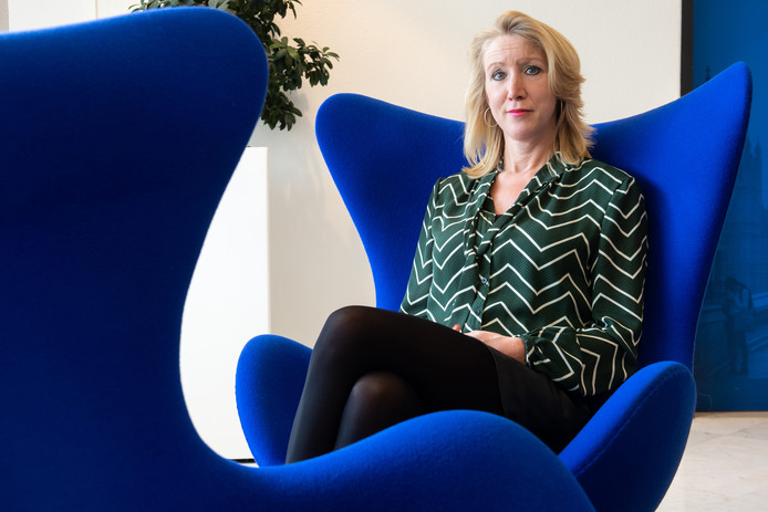 Breda- Pix4Profs/René Schotanus. Emy van Meel uit Oosterhout zit bij de laatste drie van de verkiezing secretaresse van het jaar.