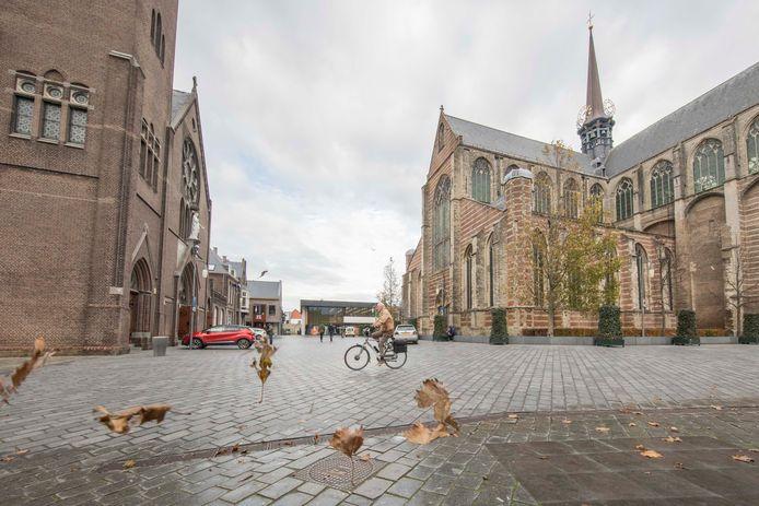 Het plein bij de kerken in Goes.