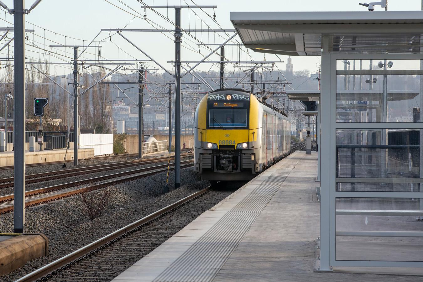 Archiefbeeld van een trein in het station van Anderlecht.